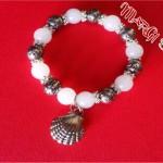 Bracciale con perle semplicissimo per principianti