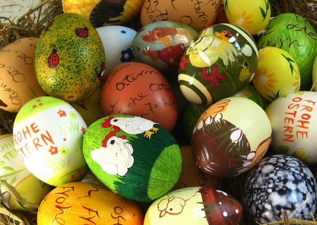 uova dipinte di Pasqua