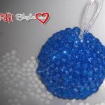 Sfere in polistirolo decorate con perle finte