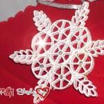 Decorazioni natalizie: fiocco di neve con la pasta secca