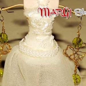 come fare orecchini con filo di ferro e perline