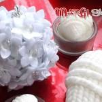Palline di Natale con fiori di stoffa
