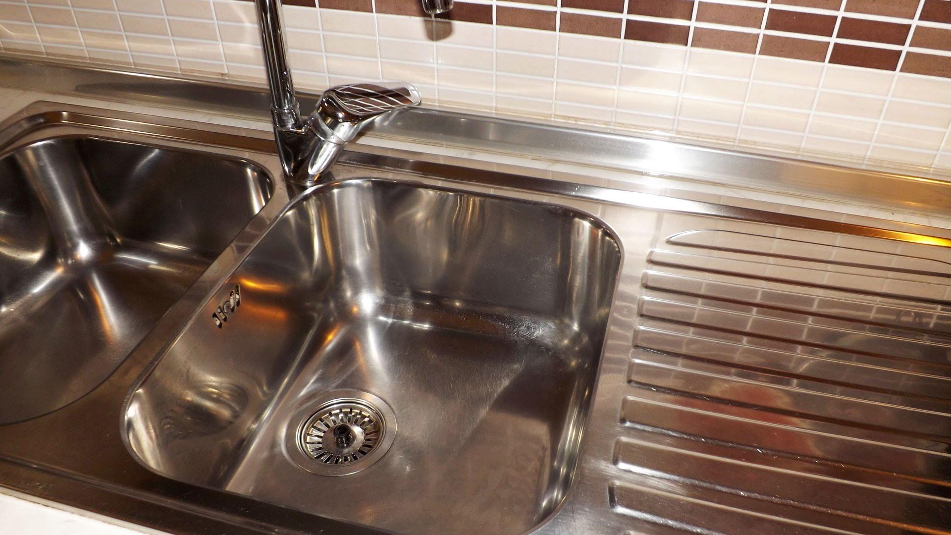 Come pulire il lavello in acciaio in modo naturale margi for Lavello acciaio