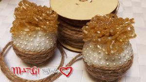 Come fare sfere natalizie con perline